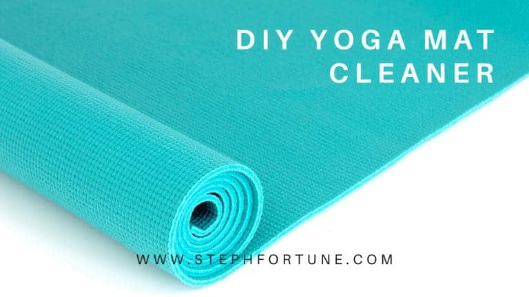 How to Make a DIY Yoga Mat Cleaner
